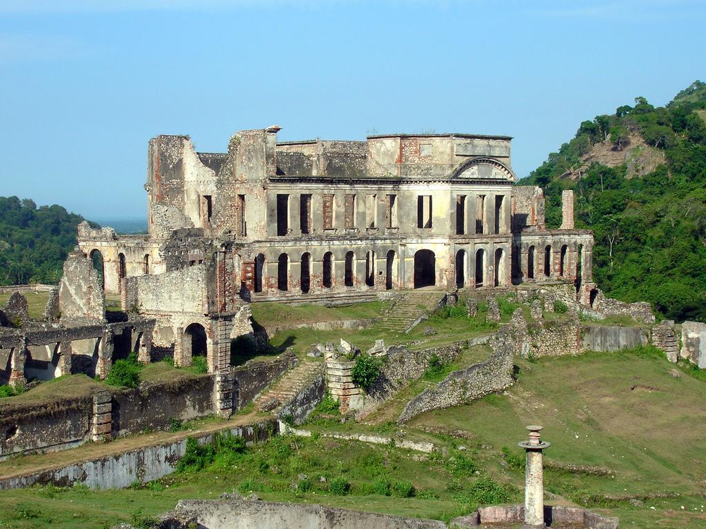 Dříve palác, dnes už jen ruina, Rémi Kaupp