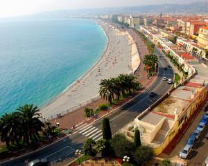 Okouzlující pláže Saint Tropez lákají spousty turistů
