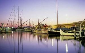 Navštívit byste měli i překrásný tamní přístav
