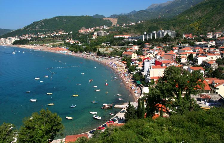 Dovolená v Černé Hoře je mezi Čechy stále oblíbenější destinací