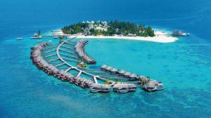 Navštivte některý z ostrůvků státu Maledivy /