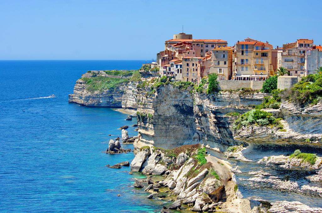 Město Bonifacio se rozkládá na útesu, Pascal Poggi