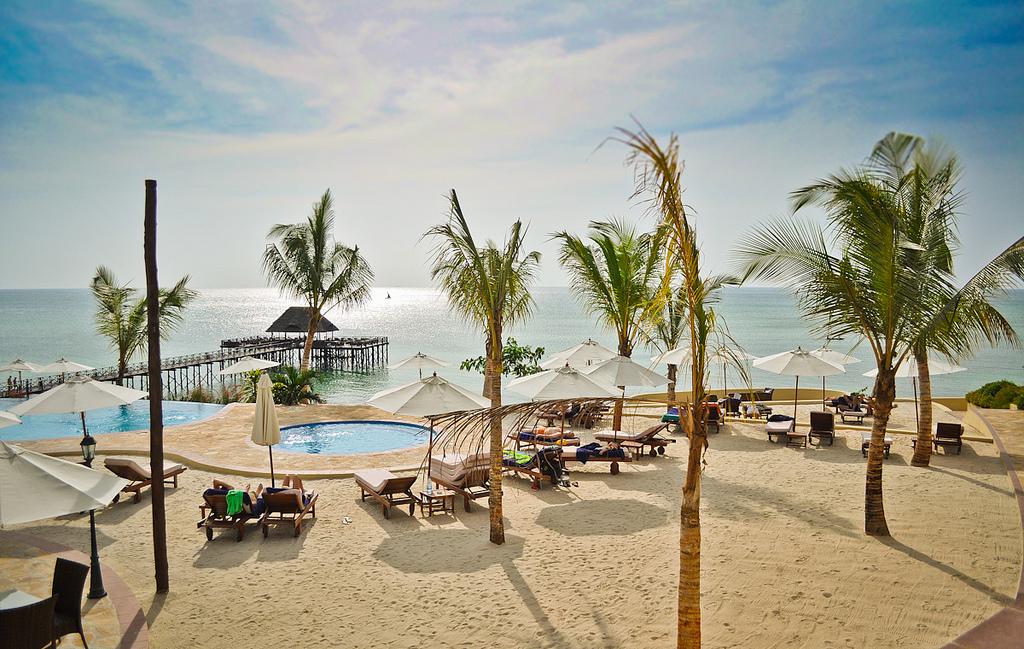 I takto může vypadat hotelová pláž, Jason Bagley